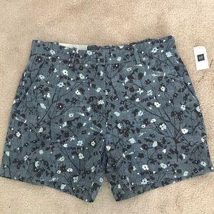 GAP NWT Blue Chambray Floral Tailored Shorts 0